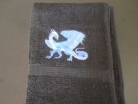 pošitý ručník, výšivka na ručníku vysivka_rucnik_drak